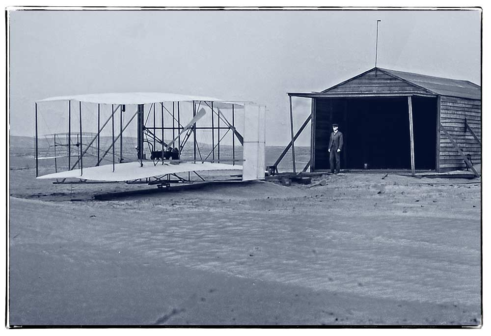 wright-1903-flyer-at-shed-nov-24